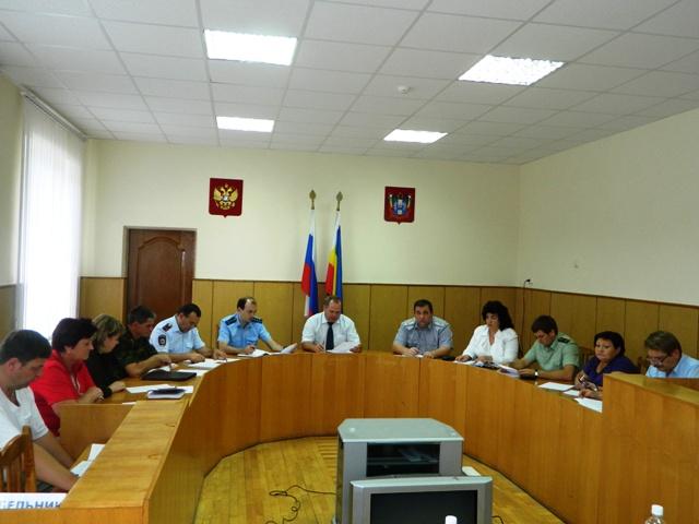 Заседание антинаркотической комиссии Песчанокопский район.JPG