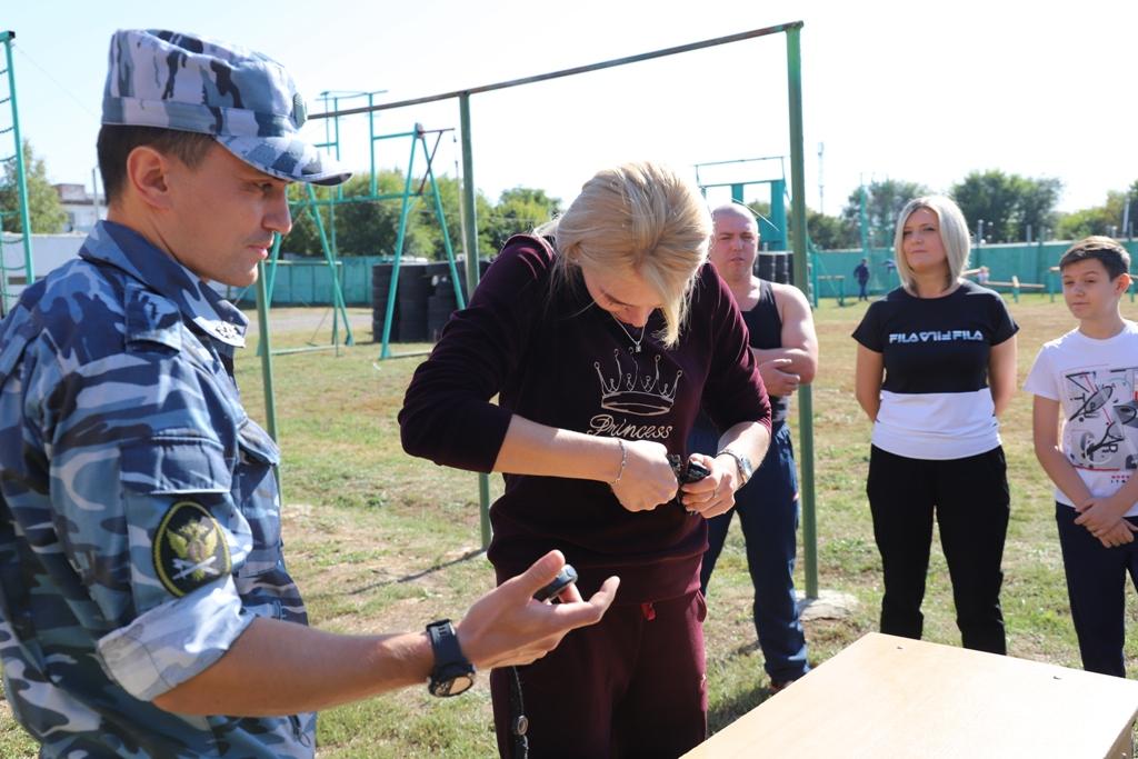 Сотрудники УИС Ростовской области и члены их семей стали участниками семейного праздника