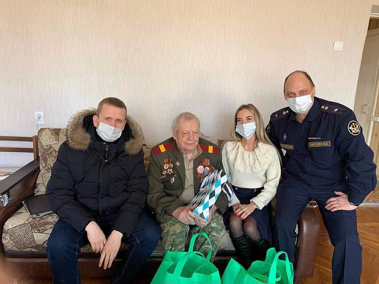 Ветеранов УИС поздравили с Днем защитника Отечества